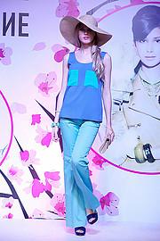 Angelina Lepper fashion stylist (stilista di moda). styling by fashion stylist Angelina Lepper.Fashion Styling Photo #188574