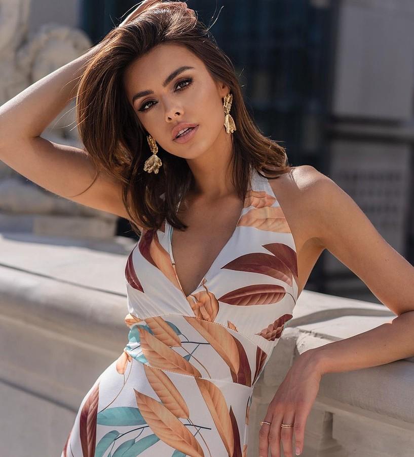 Anita Sikorska Royczykova model (modelka). Photoshoot of model Anita Sikorska demonstrating Fashion Modeling.Fashion Modeling Photo #233618