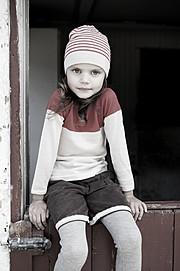 "Anja Elmine Basma photographer (fotograf). Work by photographer Anja Elmine Basma demonstrating Children Photography.==Cover, magasinet ""Mamma""==Styling: Hanne CarlseMagazine CoverChildren Photography Photo #95270"