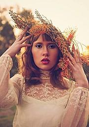 Anjee Jones model. Photoshoot of model Anjee Jones demonstrating Face Modeling.Face Modeling Photo #90483