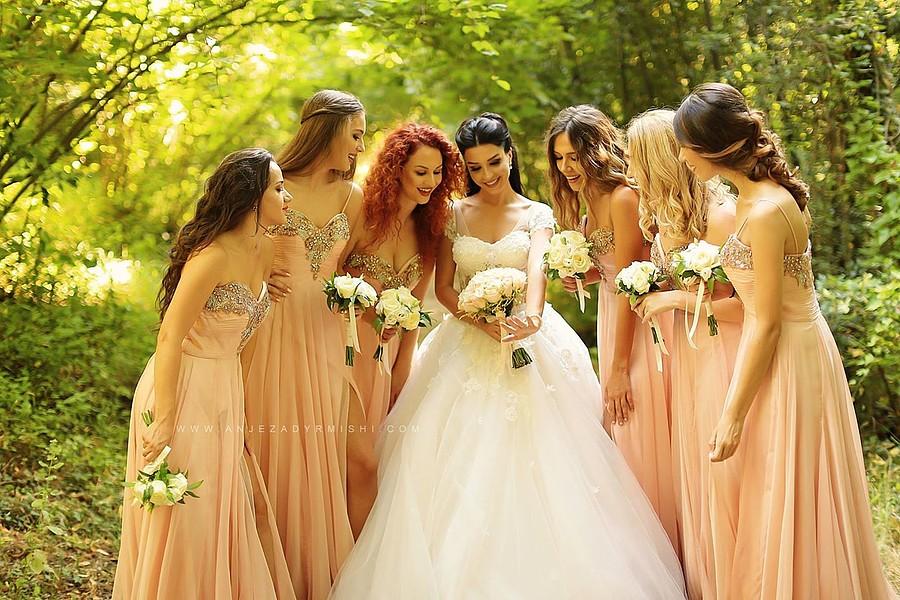 Anjeza Dyrmishi photographer (fotograf). Work by photographer Anjeza Dyrmishi demonstrating Wedding Photography.Wedding Photography Photo #180136