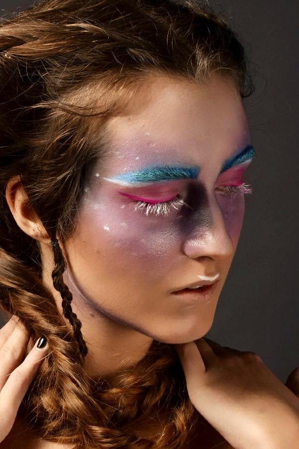 Anna Chrisostomou makeup artist (Άννα Χρυσοστόμου μακιγιέρ). Work by makeup artist Anna Chrisostomou demonstrating Creative Makeup.Creative Makeup Photo #202028