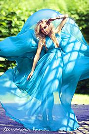 Здравствуйте! Меня зовут Анна Екомасова. Я фотограф, работаю в жанрах fashion & beauty c 2007 года. Если Вам понравились мои работы и Вы хот
