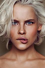 Anna Ekomasova photographer (Анна Екомасова фотограф). Work by photographer Anna Ekomasova demonstrating Portrait Photography.WHAT IS HER NAME????Portrait Photography Photo #57246
