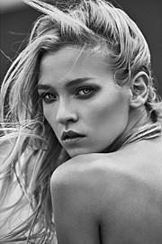Anna Fedorovna Albertin model & makeup artist. Anna Fedorovna Albertin demonstrating Face Modeling, in a photoshoot by Dan Crosby.photographer: Dan CrosbyFace Modeling Photo #174539