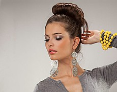 Anna Grzelczak model (modelka). Photoshoot of model Anna Grzelczak demonstrating Face Modeling.Necklace,UpdoFace Modeling Photo #104651