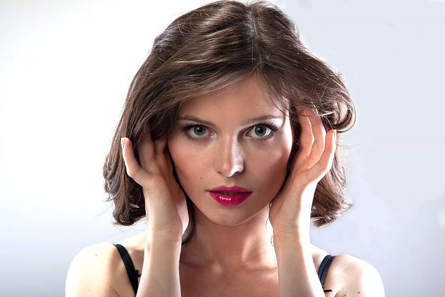 Anna Grzelczak model (modelka). Photoshoot of model Anna Grzelczak demonstrating Face Modeling.Face Modeling Photo #105456