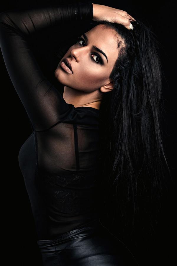 Anna Zova model (μοντέλο). Photoshoot of model Anna Zova demonstrating Face Modeling.Face Modeling Photo #204667