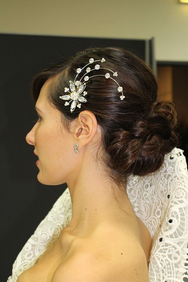 Aphrodite Kanni makeup artist & hair stylist (μακιγιέρ & κομμωτής). Work by makeup artist Aphrodite Kanni demonstrating Bridal Makeup.Bridal hairstyle by Aphrodite KanniBridal Makeup Photo #167144