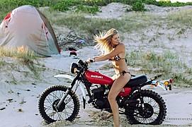 April Vaughan model. Photoshoot of model April Vaughan demonstrating Commercial Modeling.Commercial Modeling Photo #174796
