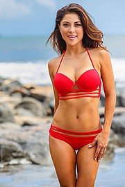 Arianny Celeste model. Photoshoot of model Arianny Celeste demonstrating Body Modeling.Body Modeling Photo #160257