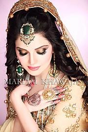 Armeena Rana Khan model & actress. Photoshoot of model Armeena Rana Khan demonstrating Face Modeling.Face Modeling Photo #122918
