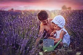Arnisa Skapi photographer (fotografe). Work by photographer Arnisa Skapi demonstrating Children Photography.Children Photography Photo #220750
