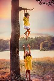Arnisa Skapi photographer (fotografe). Work by photographer Arnisa Skapi demonstrating Children Photography.Children Photography Photo #220773