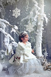 Arnisa Skapi photographer (fotografe). Work by photographer Arnisa Skapi demonstrating Children Photography.Children Photography Photo #220775