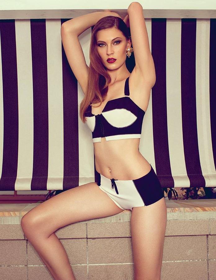 Ashleigh Kelly fashion stylist. styling by fashion stylist Ashleigh Kelly.Fashion Styling Photo #68890