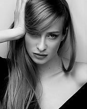 Athina Palidi model (μοντέλο). Athina Palidi demonstrating Face Modeling, in a photoshoot by Olga Toka with makeup done by Julia Popova.photographer: OLGA TOKAmakeup: julia popovaFace Modeling Photo #195611