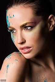 Audrey Bouette model (Audrey Bouetté modèle). Photoshoot of model Audrey Bouette demonstrating Face Modeling.Face Modeling Photo #114186