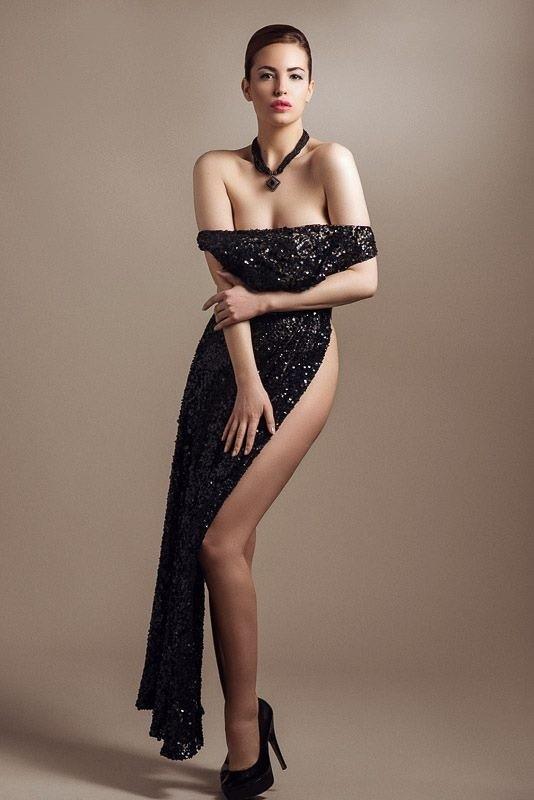 Audrey Bouette model (Audrey Bouetté modèle). Photoshoot of model Audrey Bouette demonstrating Fashion Modeling.Fashion Modeling Photo #114193