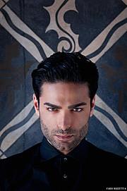 Babak Rahimi model (modello). Photoshoot of model Babak Rahimi demonstrating Face Modeling.EyewearFace Modeling Photo #104331
