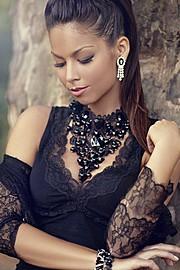 Barbara Bocsi model. Photoshoot of model Barbara Bocsi demonstrating Face Modeling.Face Modeling Photo #75635