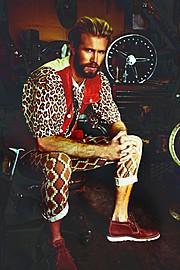 Beagy Zielinski fashion stylist (modestylist). styling by fashion stylist Beagy Zielinski. Photo #47031