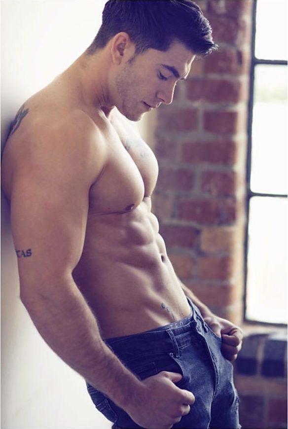 Benji Taylor model. Photoshoot of model Benji Taylor demonstrating Body Modeling.Body Modeling Photo #189122