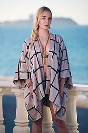 Bonnie Morazan (Bonnie Morazán) fashion stylist. Modeling work by model Kimberleigh Wright.model: Kimberleigh WrightFashion Styling Photo #187978