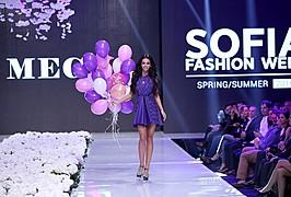 Boyana Marinova model (Бояна Маринова модел). Photoshoot of model Boyana Marinova demonstrating Fashion Modeling.Fashion Modeling Photo #166165