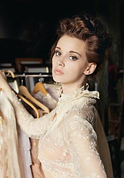 Bree Fry model. Photoshoot of model Bree Fry demonstrating Face Modeling.Face Modeling Photo #114053