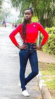 Brendah Ouma is an amateur model,currently staying in Buruburu, Nairobi, Kenya. She speaks English and Kiswahili. She is currently studying