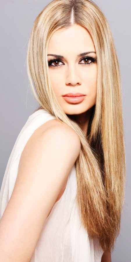 Brittany Mason model. Photoshoot of model Brittany Mason demonstrating Face Modeling.Face Modeling Photo #113836