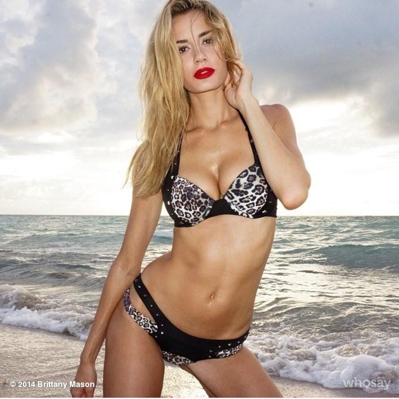 Brittany Mason model. Photoshoot of model Brittany Mason demonstrating Body Modeling.Body Modeling Photo #113946