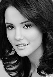 Brooke Baymore model. Brooke Baymore demonstrating Face Modeling, in a photoshoot by Dan Lippitt.Photographer Dan LippittFace Modeling Photo #110076