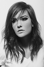 Brooke Baymore model. Brooke Baymore demonstrating Face Modeling, in a photoshoot by Dan Lippitt.Photographer Dan LippittHair Stylist Voula IsakovFace Modeling Photo #110079