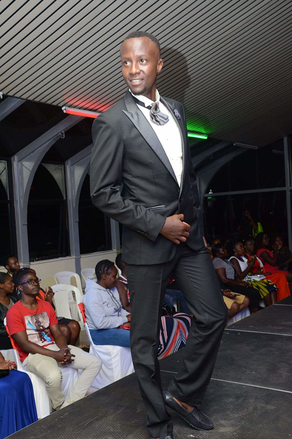 Calvin Majau model. Photoshoot of model Calvin Majau demonstrating Runway Modeling. Rydah Aftermath My manager and PhotographerRunway Modeling Photo #194220