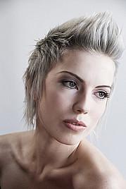 Camellia Sri Devi model. Camellia Sri Devi demonstrating Face Modeling, in a photoshoot by Brittni Galindo.photographer: Brittni GalindoFace Modeling Photo #95434