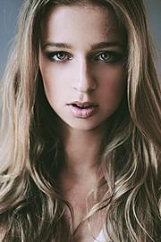 Candy Tony model (модель). Photoshoot of model Candy Tony demonstrating Face Modeling.Face Modeling Photo #74115