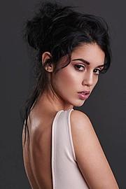 Carmen Vantini model (modella). Photoshoot of model Carmen Vantini demonstrating Face Modeling.Face Modeling Photo #144856