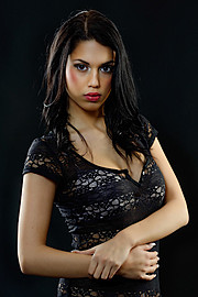 Carmen Vantini model (modella). Photoshoot of model Carmen Vantini demonstrating Face Modeling.Face Modeling Photo #92432
