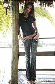 Carrie Amstutz model. Photoshoot of model Carrie Amstutz demonstrating Fashion Modeling.Fashion Modeling Photo #109604