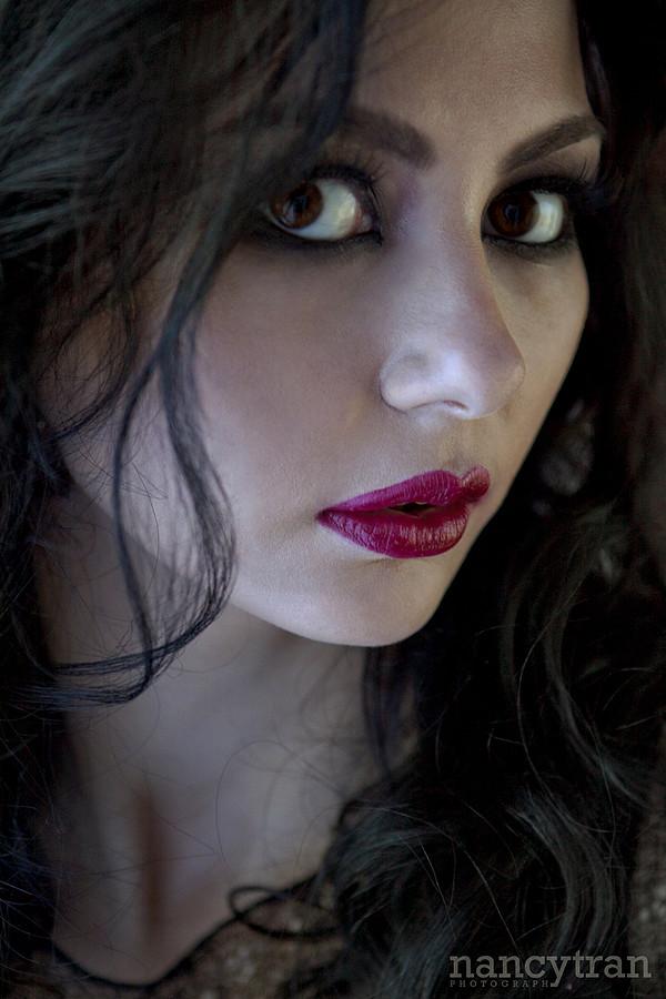 Cassandra Phillips model. Photoshoot of model Cassandra Phillips demonstrating Face Modeling.Face Modeling Photo #91203