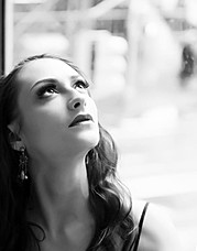 Chantal Lamour model. Photoshoot of model Chantal Lamour demonstrating Face Modeling.Face Modeling Photo #102849