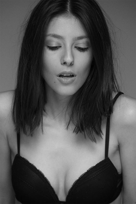 Chara Lampropoulou model (Χαρά Λαμπροπούλου μοντέλο). Photoshoot of model Chara Lampropoulou demonstrating Face Modeling.Face Modeling Photo #169936