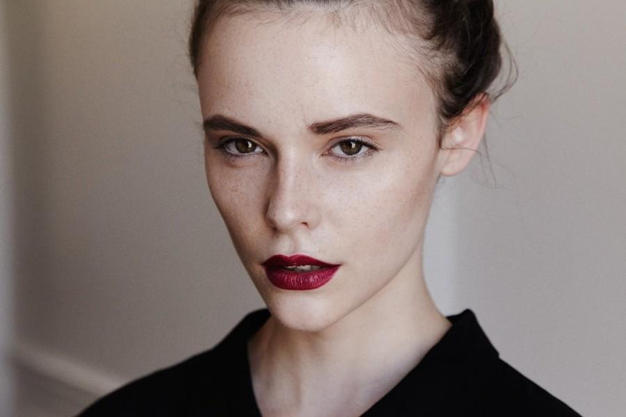 Charlie Melchiori model (modèle). Photoshoot of model Charlie Melchiori demonstrating Face Modeling.Photographe : Thomas BabeauMua : Stephanie JacquetFace Modeling Photo #115338