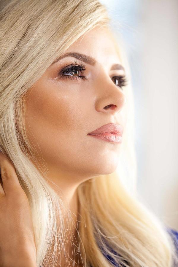 Christiana Karnezi model (Κλεοπάτρα Χριστιάνα Καρνέζη μοντέλο). Christiana Karnezi demonstrating Face Modeling, in a photoshoot by Yannis Antypas with makeup done by Thanos Vogiatzis.photographer: Yannis Antypasmakeup: Thanos VogiatzisFace Modeling
