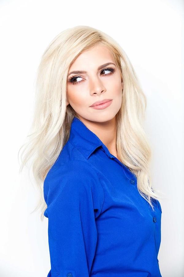 Christiana Karnezi model (Κλεοπάτρα Χριστιάνα Καρνέζη μοντέλο). Photoshoot of model Christiana Karnezi demonstrating Face Modeling.Face Modeling Photo #178930