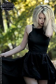 Η Κλεοπάτρα Χριστιάνα Καρνέζη είναι μοντέλο με βάση την Αθήνα. Κατέχει τον τίτλο
