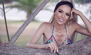 Christiana Karnezi model (Κλεοπάτρα Χριστιάνα Καρνέζη μοντέλο). Photoshoot of model Christiana Karnezi demonstrating Face Modeling.Face Modeling Photo #223139