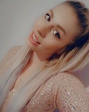 Christiana Savvidou Μοντέλο